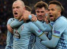 El vilkingo del Celta celebrando un gol con sus compañeros