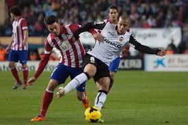 El Valencia a luchar en medio campo cada balón