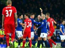 Los Everton-Liverpool siempre son partidos tensos.
