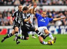 El Newcastle de benitez se caracteriza por la lucha por cada balón.