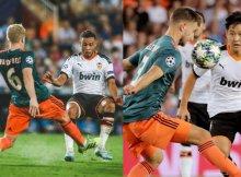 El Ajax buscará dominar el partido en el centro del campo