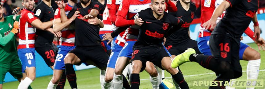 Enfrentamiento de liga santander entre Granada y Atlético de Madrid