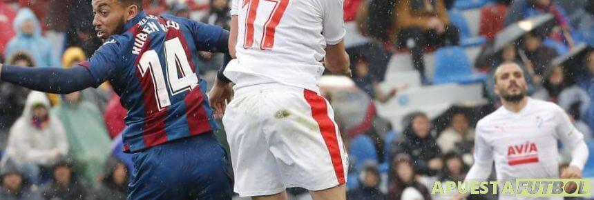 Eibar vs Levante en un partido anterior de la Liga Santander