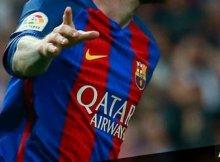 Jugadores del Real Madrid y Barcelona en un Clásico de Liga Santander