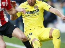 Athletic y Villarreal disputan un partido de la Liga Santander